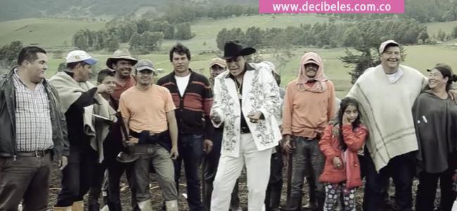 Los Campesinos – DecibelesFm c0402a0defb