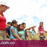 Gobernadora asegura vivienda para familias indígenas de Puerto Gaitán