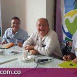 Petristas con Nelson Vivas