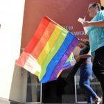 Apoyando el Día Internacional Contra la Homofobia y la Transfobia
